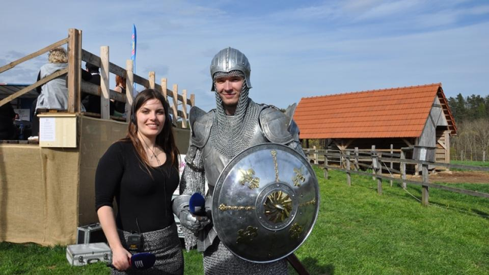 Klára Nováková v rozhovoru s blanickým rytířem