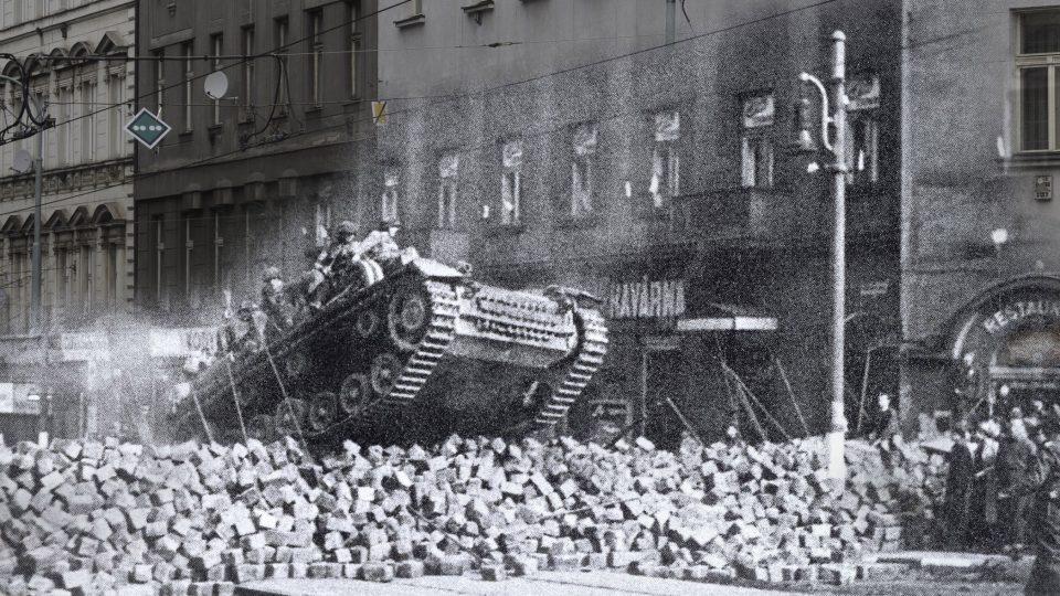 Pražané během povstání umírali na místech, která třeba denně míjíte: Francouzská ulice, Praha 2