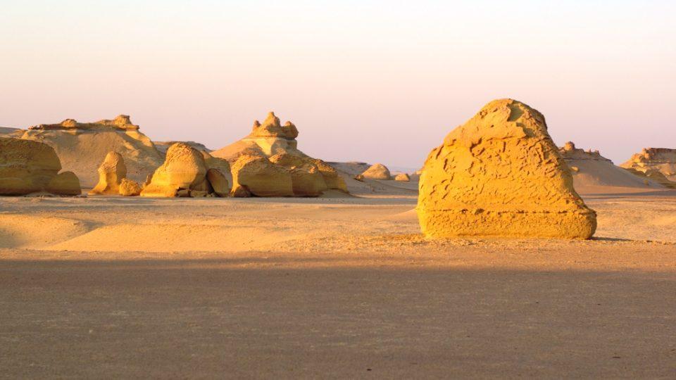 Údolí velryb je pouštním skalním městem
