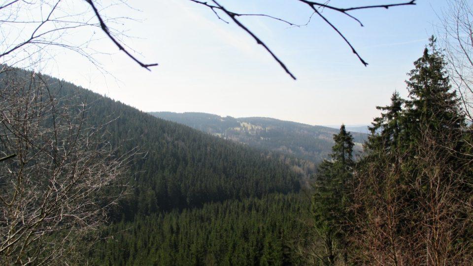 Výhled pod vrcholem Šišáku