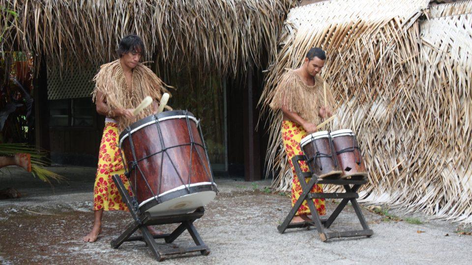 Cookovy ostrovy - Rarotonga - folklorní představení