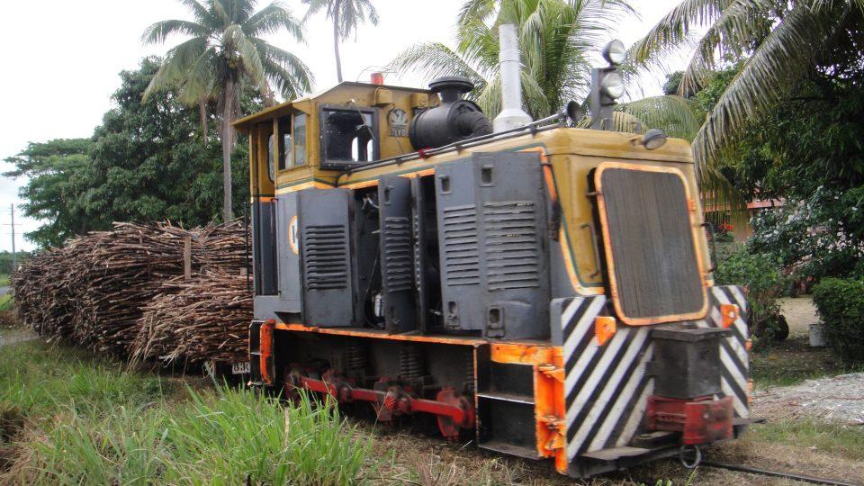 Fidži - Viti Levu - vláčky na svoz cukrové třtiny