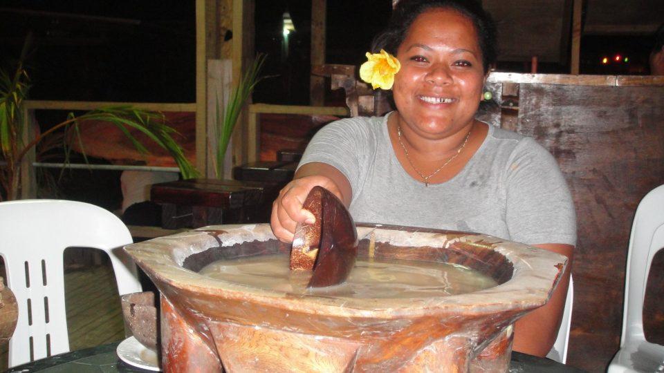 Tonga - Tongatapu - na obřadu pití kavy