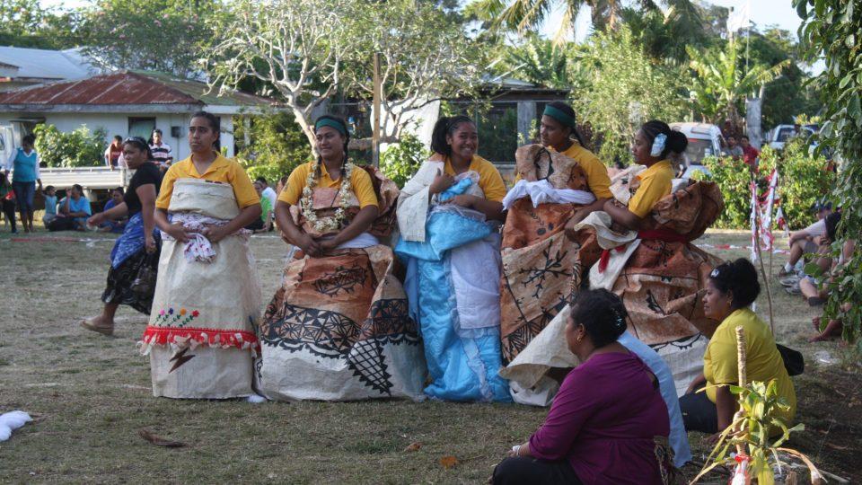 Tonga - Tongatapu - zahájení basketbalové sezóny za přítomnosti prince