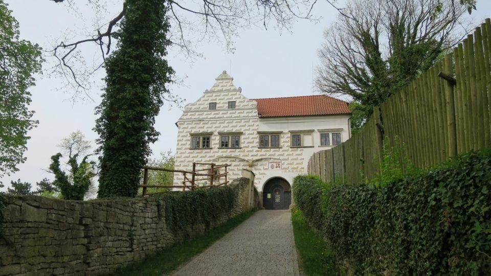 Purkrabství hradu Košumberk.jpg
