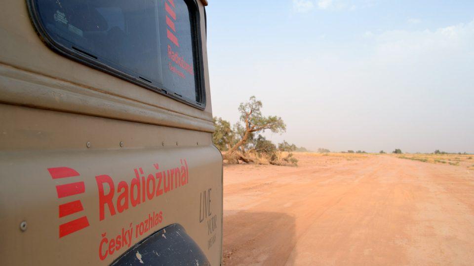 114 dopisů se vezlo v autě s logem Radiožurnálu