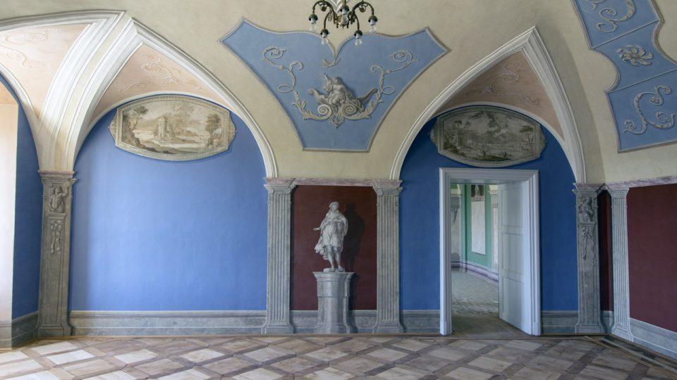 Salon, západní stěna, stav po restaurování