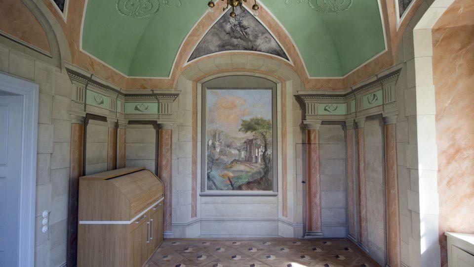 Ložnice, východní stěna, stav po restaurování