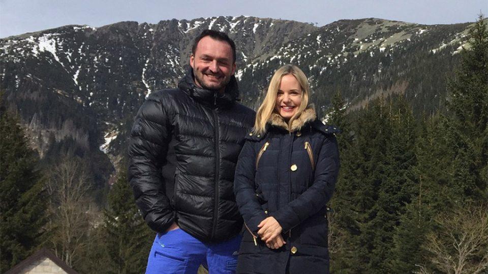 Jaroslav Petrouš při výstupu na Sněžku s Kateřinou Klasnovou