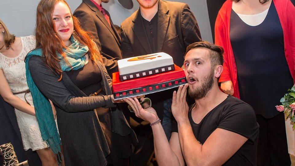 Vítězové Opavského páva s dortem