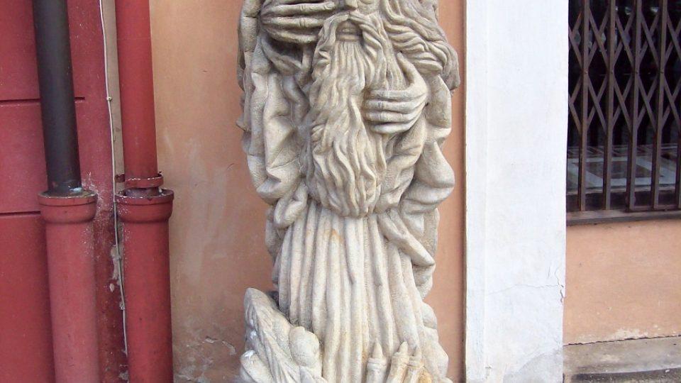 Socha u Galerie Kisza