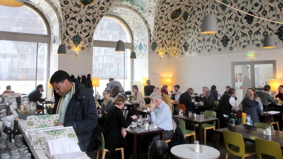 Cafe Corbaci, Vídeň