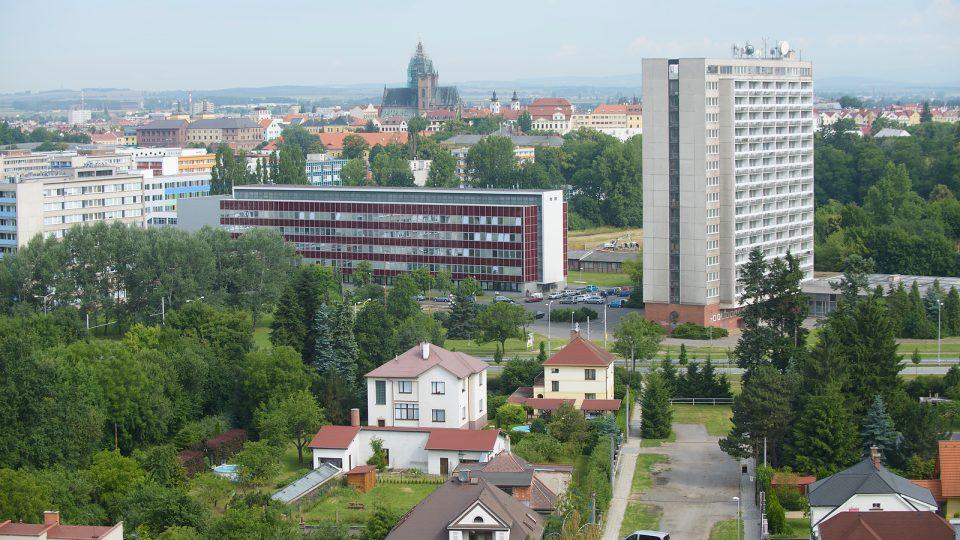 Pohled na město z ptačí perspektivy