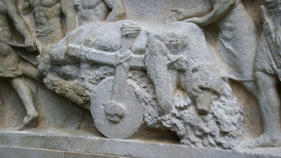 Ulovený medvěd patrně symbolizoval Jeseník a jeho městský znak