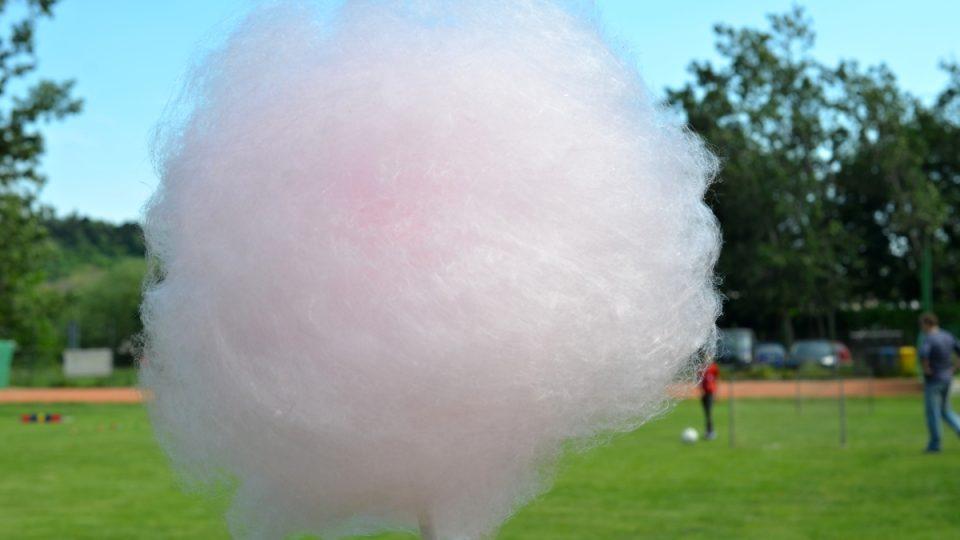 Nadýchaná cukrová vata, vzpomínka na dětství