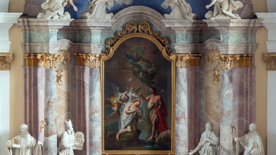 Stav oltáře po restaurátorském zásahu