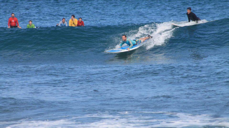Lekce surfování na Havaji