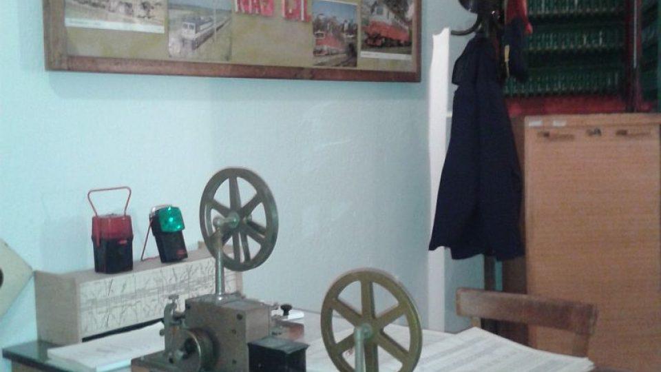 Z unikátní výstavy o historii železnice najdete v bývalé vodárenské věži v Týništi nad Orlicí