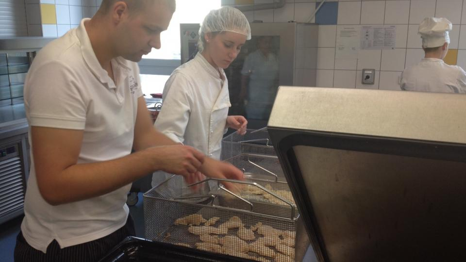 Studenti třebíčské školy připravují banket pro prezidenta