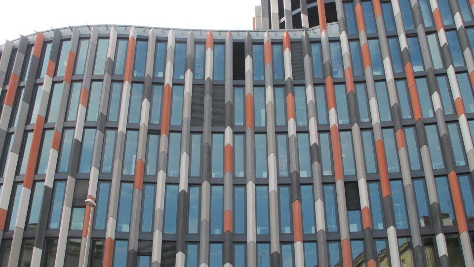 Budova Main Point Karlín vyhrála v roce 2011 cenu o nejlepší kancelářskou budovu