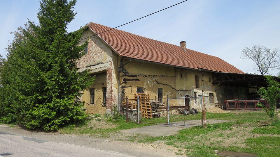 Vesnický dům čp 2 ve Vračovicích