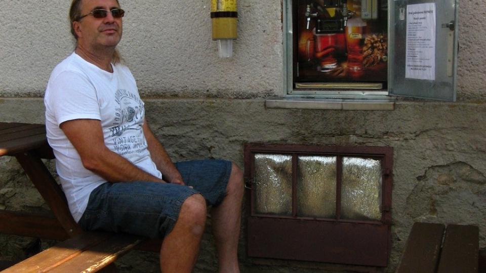 Pivní automat s jeho duchovním otcem Martinem Povýšilem