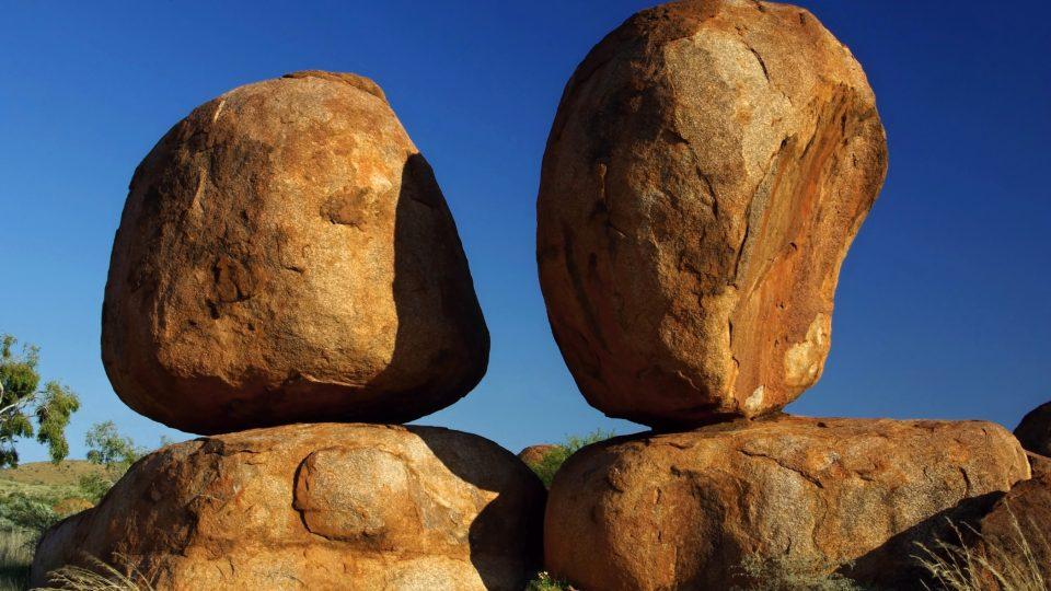 Devils Marbles, známá i neznámá místa australského vnitrozemí