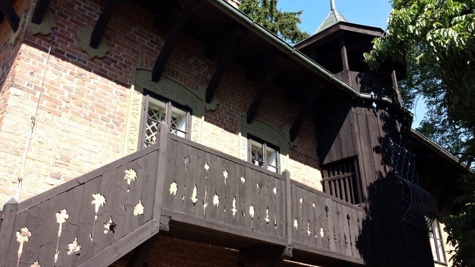 Bílkův dům - ochoz vedoucí do věžičky