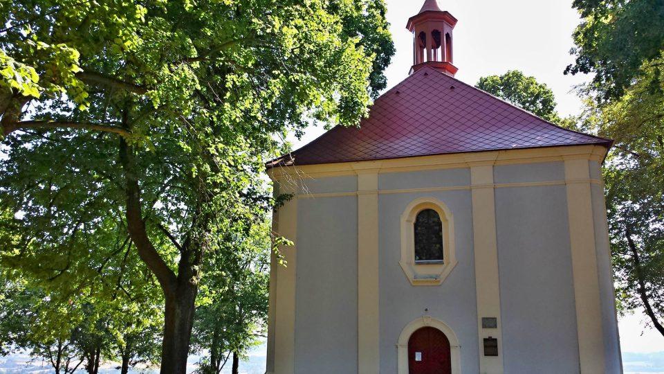 Vchod do kostelíku sv. Vavřince