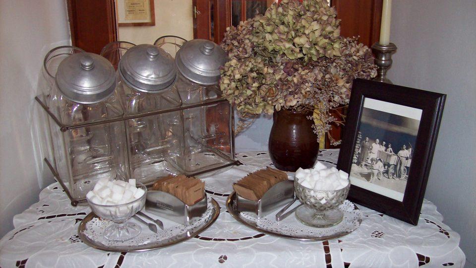 Interiér v cukrárně Dortletka