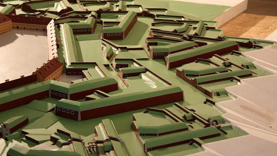 V Josefově - v bastionu číslo 4 - si můžete prohlédnout model tohoto pevnostního města v poměru 1 : 300