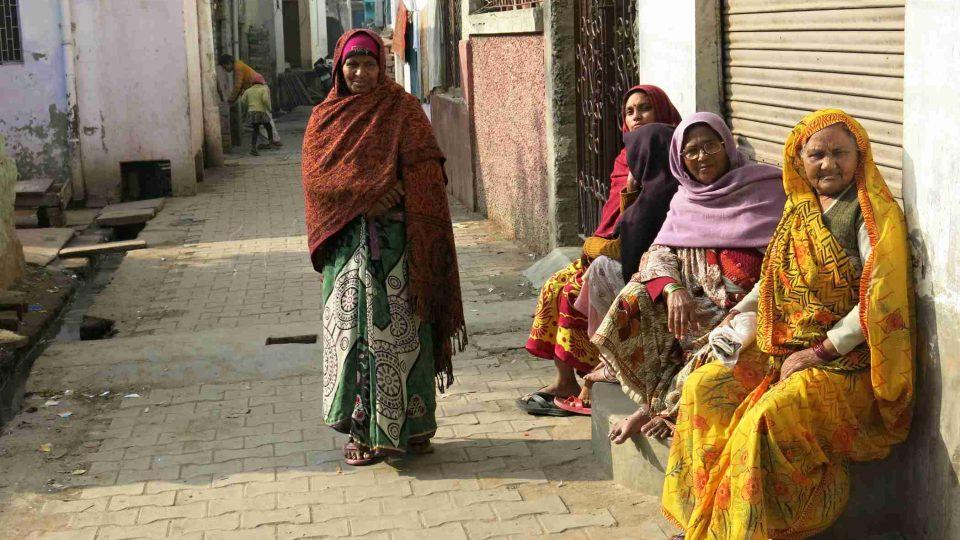 Indické ženy na ulicích