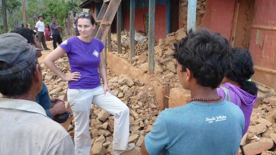 V Nepálu po zemětřesení pomáhali pracovníci Člověka v tísni