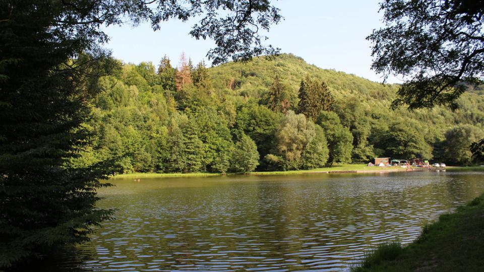 Dolní Žleb - rybník a venkovní koupaliště