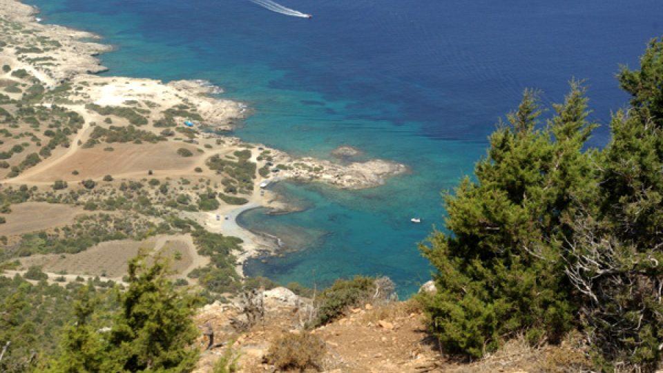 Severní pobřeží cípu Akamas je ideální pro koupání na divoko