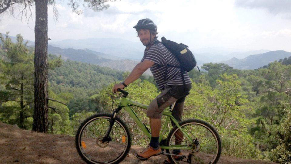 Dobře značené trasy vedou částečně po lesních cestách