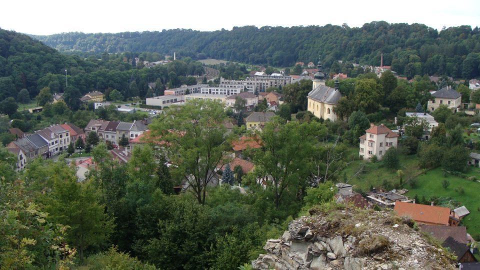 Pohled za hradu na Brandýs nad Orlicí