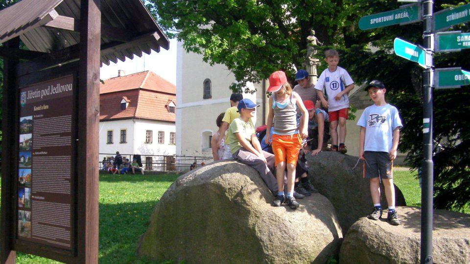 Jiřetín pod Jedlovou - turistické ukazatele
