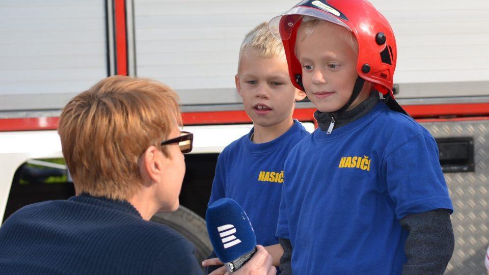 """""""Jaký musí být hasič?"""" """"Dobrovolný,"""" říká malý Vojta"""