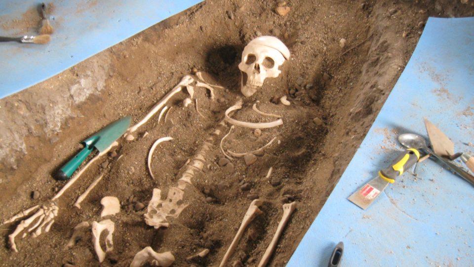 Zkušební archeologické nálezy zde mají včetně všech detailů