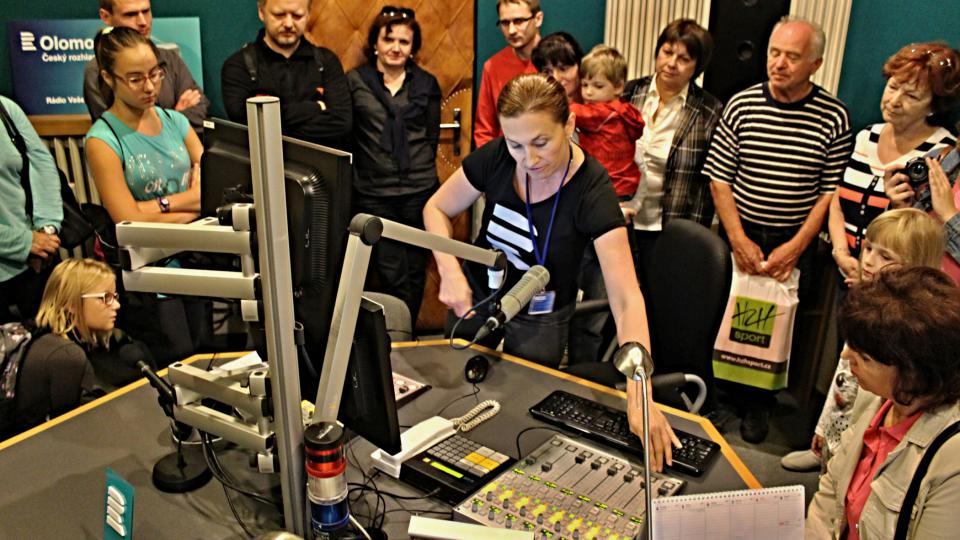 Ve vysílacím studiu s moderátorkou Ditou Vojnarovou