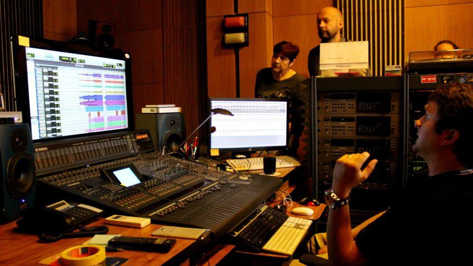Velká režie a zvukový technik Milan Plodek