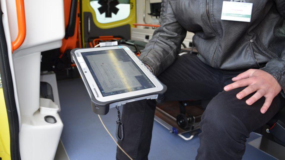 Moderní systém e-Health mají záchranáři v tabletu