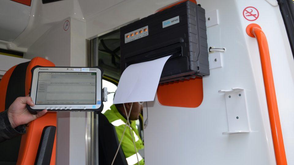 Součástí vybavení sanitek jsou tablety i tiskárny
