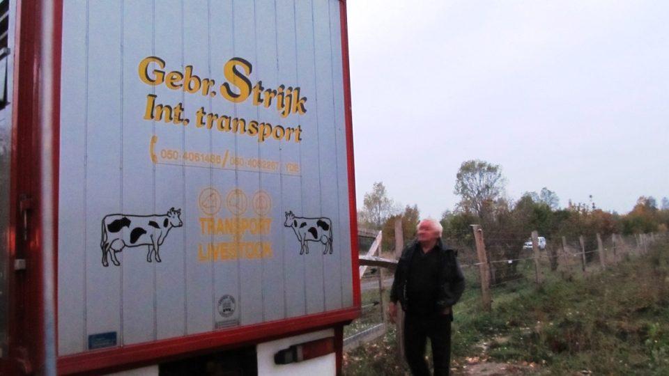 Pratury přivezl do Milovic kamion z Holandska