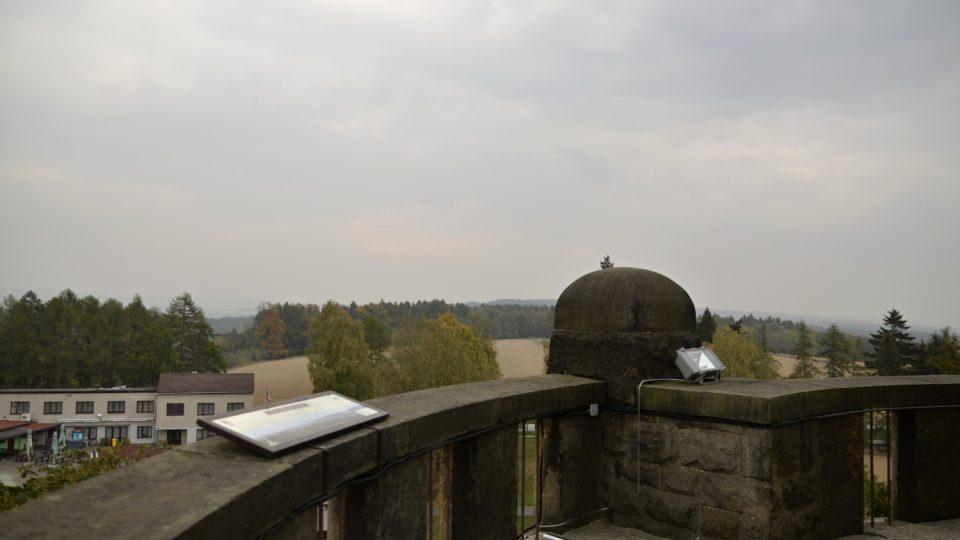 Vyhlídkový ochoz na Masarykově věži samostatnosti