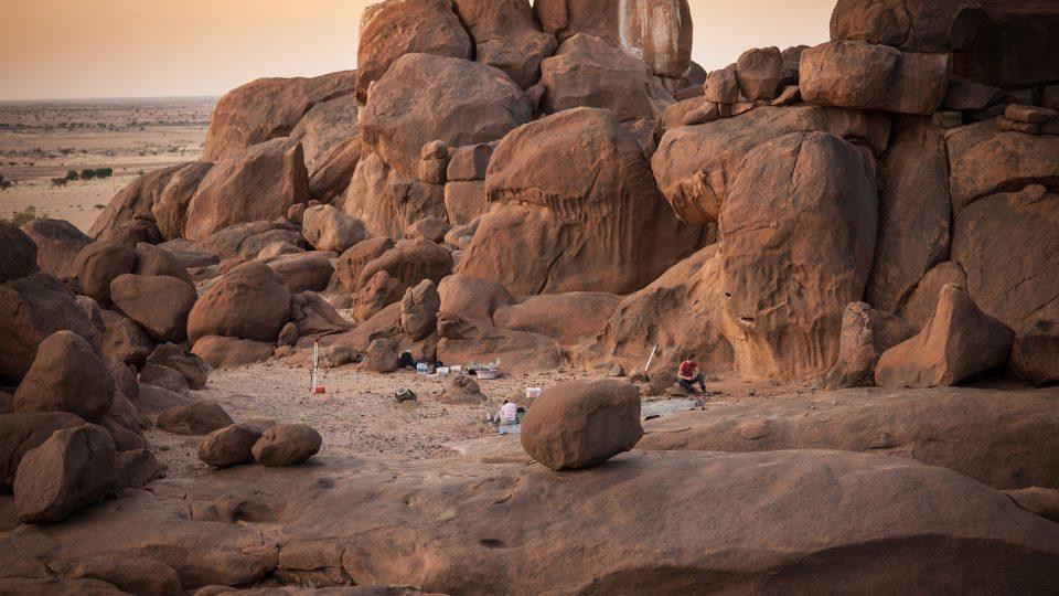 Mezolitická lokalita Sfinga v pohoří Sabaloka v centrálním Súdánu, místo působení expedice Českého egyptologického ústavu FF UK v Praze