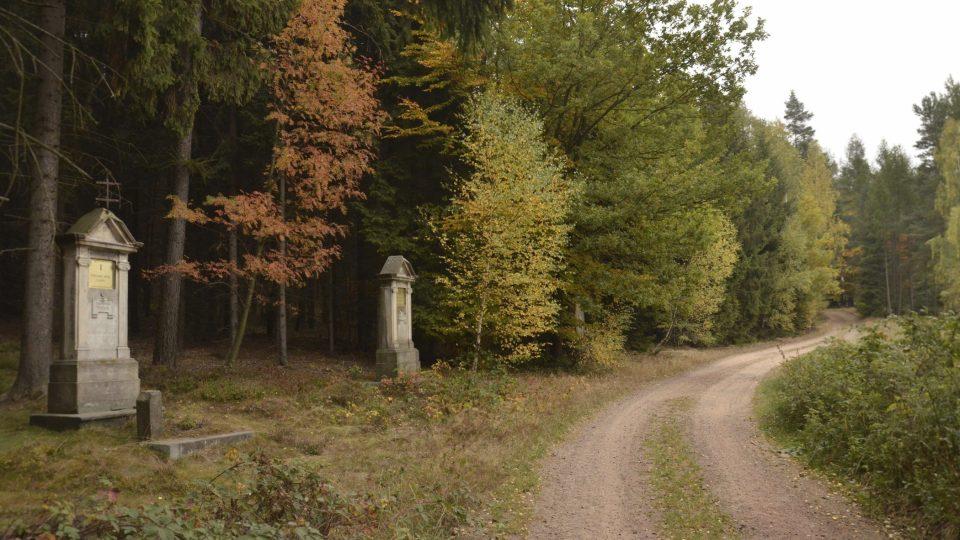 Křinice, začátek Křížové cesty