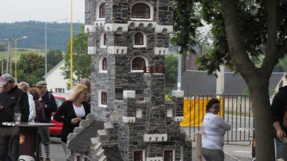 Slavnostní odhalení modelu ve Starém Městě u Bruntálu