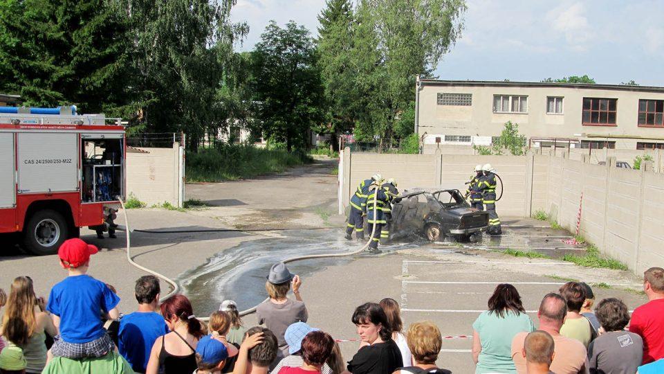 Ukázka práce hasičů